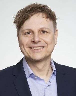 Dr.JensAlbers01aa